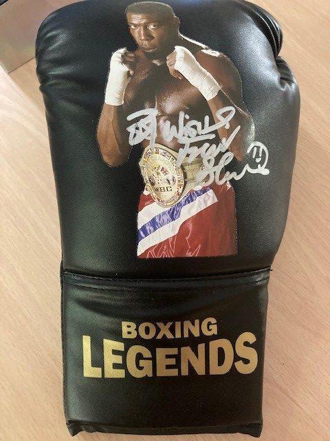 Black legend gloves signed by Frank Bruno 2021